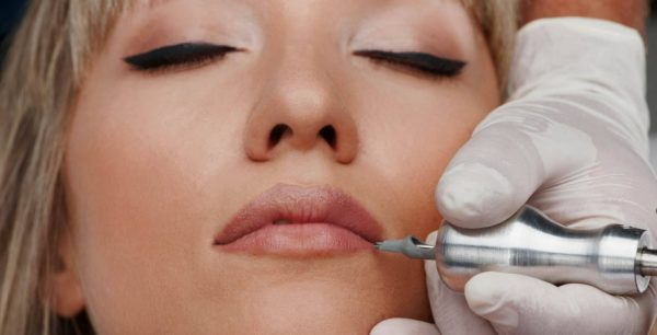 What is the difference between Permanent vs semi-permanent makeup?